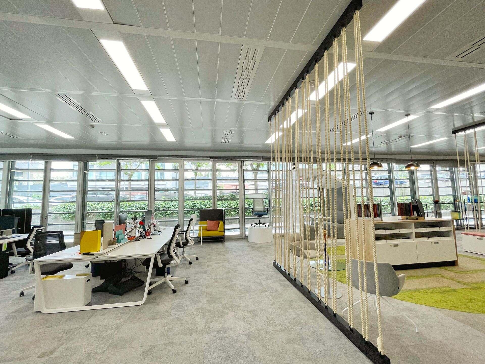 Ofita vista interior oficina